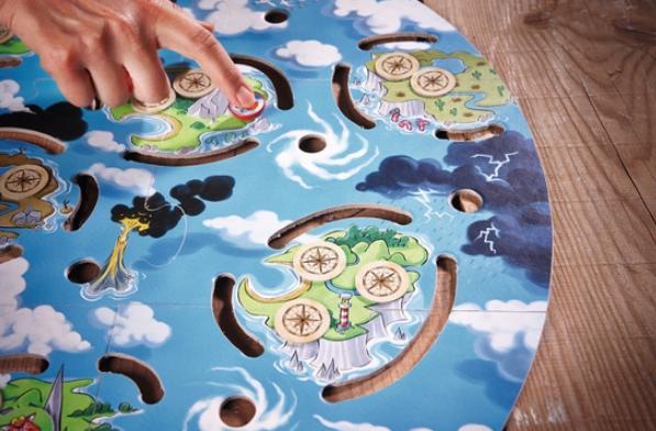joc comoara celor 13 insule