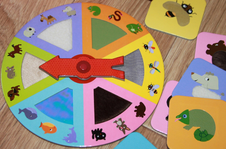 joc montessouri cu suprafete diferite