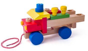 Camion de lemn de asamblat